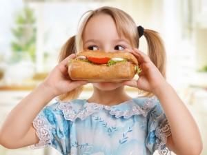 Najlepsze i najzdrowsze propozycje podwieczorków dla dzieci