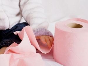 Nie przegap dobrego momentu! Kiedy i jak nauczyć dziecko korzystania z nocniczka?