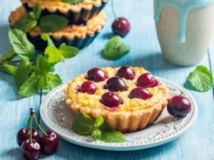Obiad na słodko lub deser? Wielka księga przepisów: 27 pomysłów z czereśniami