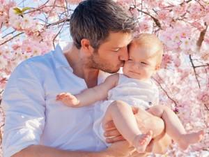 Pobierz wzór wniosku o urlop ojcowski!