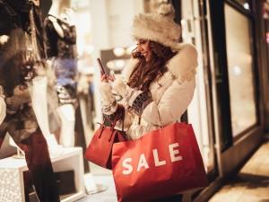 Polacy nie przepadają za świątecznymi zakupami!