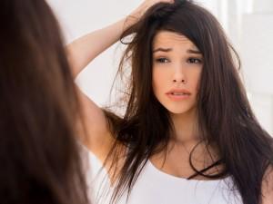 Polscy naukowcy odkryli nowatorski sposób na wypadanie włosów!