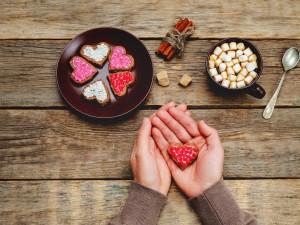 Pomysły na dania i desery na Walentynki, które przygotujesz już w niecałe 20 minut! Coś dla zabieganych!