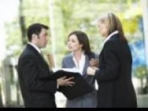 Poznaj kontrahenta w rozmowie