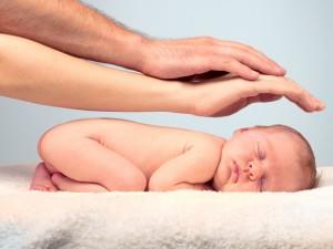 Prawidłowe odruchy dziecka w chwili narodzin