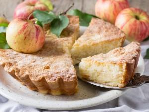 Prosty i smaczny biszkopt z jabłkami! W 3 różnych wersjach!