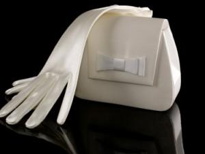 Rękawiczki - elegancka ozdoba kreacji ślubnej