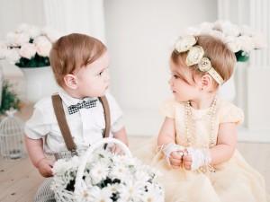 """""""Robimy duże wesele, a widok pałętających się 2-latków mnie przeraża"""". List panny młodej, która nie chce, by na jej ślubie pojawiły się dzieci"""