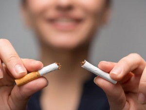 Rzucenie palenia nagle daje lepsze efekty niż stopniowe odzwyczajanie się od nałogu!