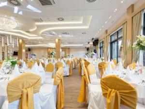 Sala weselna – o co pytać, zanim wybierzesz konkretną? Sprawdź, czy pamiętasz o najważniejszych kwestiach!