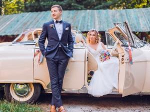 Samochody do ślubu – nowoczesne, czy zabytkowe? Jaki pojazd wybrać?