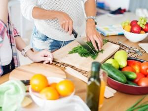Składniki odżywcze niezbędne w diecie mamy karmiącej