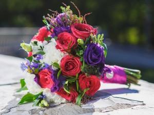 Sprawdzą się na weselach i ślubach w stylu rustykalnym! Wybrałyśmy najładniejsze bukiety z chabrami