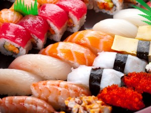 Sztuka zwijania sushi – jak zrobić dobre sushi?