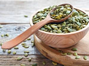 Te niepozorne nasiona, to bogactwo witamin - sprawdź jak wykorzystać pestki dyni