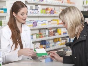 Testy apteczne wykrywające infekcję dróg moczowych – warto kupić?