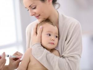 Twoje dziecko ma powikłania po szczepieniu? Ministerstwo Zdrowia wypłaci ci 70 tysięcy złotych rekompensaty