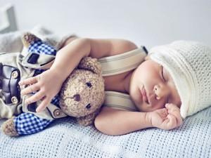 Twoje dziecko nie chce spać? Wiemy, jak temu zaradzić!