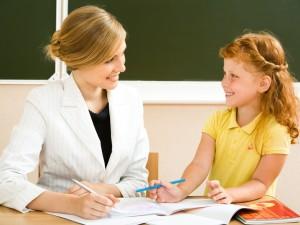 Uczymy dziecko dobrych manier przez własny przykład