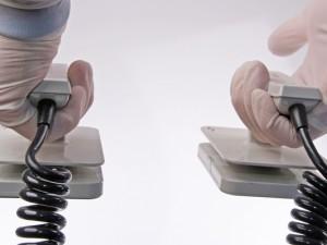 Użycie defibrylatora krok po kroku