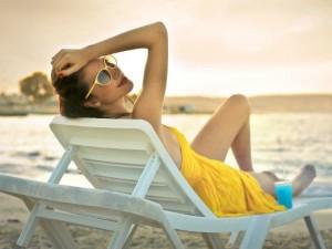 Wakacyjna apteczka - co spakować, żeby mieć spokojny urlop