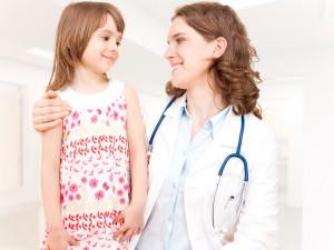 Wizyta u lekarza – jak  przygotować na nią dziecko?