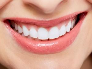 Wybielanie zębów - sposoby na białe zęby