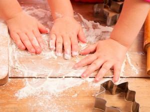 Zabawy kuchenne dla dzieci dwuletnich i starszych