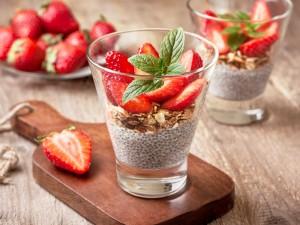 Zdrowe nasiona, które eksplodują smakiem - sprawdź przepisy na desery z chia