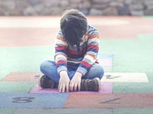 """Znany trener pochwalił się, że """"wyleczył"""" chłopca z autyzmu dietą. Internauci go zmiażdżyli. Teraz przeprasza"""