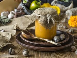 Zupa z dyni już ci się przejadła? Sprawdź 3 doskonałe przepisy na dietetyczny dżem z dyni!
