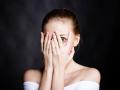 Czujesz ciągły niepokój lub nie pamiętasz już, kiedy ostatni raz czułaś się zrelaksowana? Sprawdź, czy to nie objawy nerwicy lękowej!