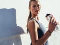 Skacz dla zdrowia, dobrej kondycji i smukłej sylwetki. Fitness na trampolinach bije rekordy popularności!