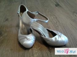 2 pary ślubnych butów