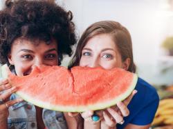 5 fatalnych rad dla osób na diecie, które sprawiają, że jesz więcej!