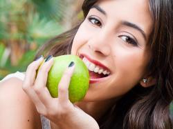 5 powodów, by jeść więcej jabłek
