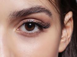 6 kosmetyków, dzięki którym twoje brwi nabiorą wyrazu. Dowiedz się co potrafią!