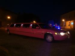 Absolutnie Unikatowa RÓŻOWA limuzyna oraz dwie czarne na ..