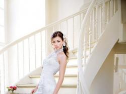Annais Bridal model Donna