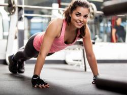 Arginina – zdrowy przyrost mięśni i ochrona przed starzeniem. Co jeszcze daje organizmowi?