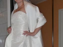 Atrakcyjna suknia ślubna