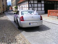 Auto do ślubu chrysler 300c