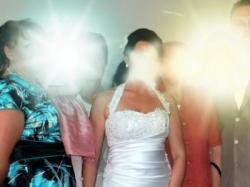 Bądż wyjątkowa- Piękna suknia ślubna- śnieżno biała.