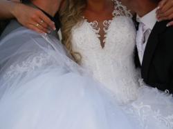 Bajeczna Suknia Ślubna