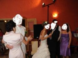 bajeczna suknia ślubna w kolorze ecru