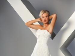 Bajkowa koronkowa suknia prosto z Francji - Svarowski !!! Wydłuża i wysmukla :)