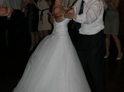 Bajkowa suknia ślubna- prosta i elegancka