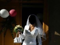 Biała suknia 900 zł!