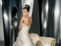 Biała suknia LISA FERRERA DEMETRIOS model: 9713, rozm. 40