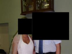 białą suknia ślubna